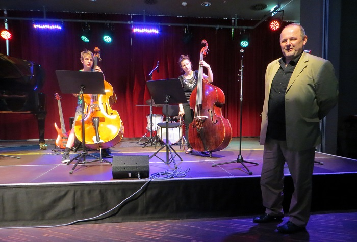 Hans Strasser, Konzert mit Kontrabass-Duo 2014